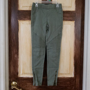 Beulah Skinny Pants Size Small